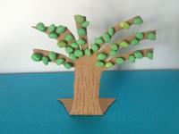 Springtime tree-5