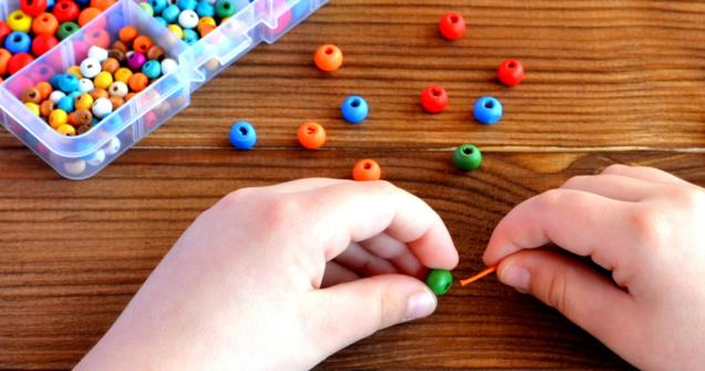 At your fingertips, fine motor skills - Babies and toddlers - Educatall