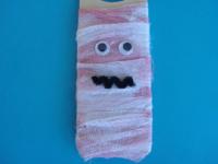 A mummy on my door-5