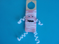A mummy on my door-6