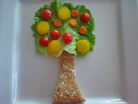 Edible apple tree craft