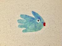 Handprint fish puppets-4