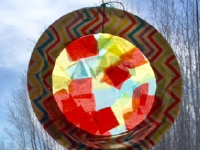 Paper Plate Sun Catchers-4