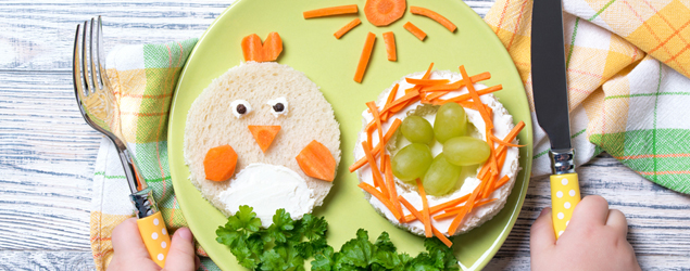 Making snack time fun and stimulating