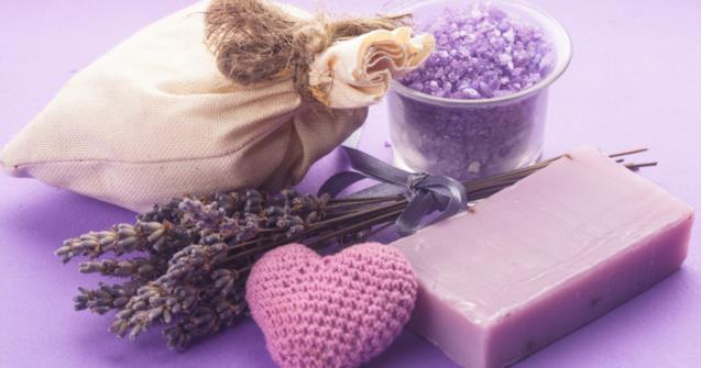 Decorative soaps for Mom - Creative recipes - Educatall