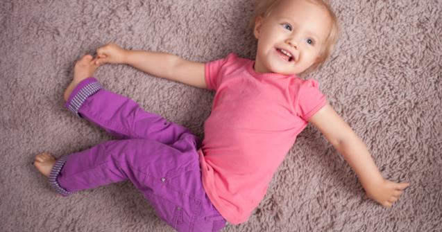 Gentle stretches and movement - Babies and toddlers - Educatall
