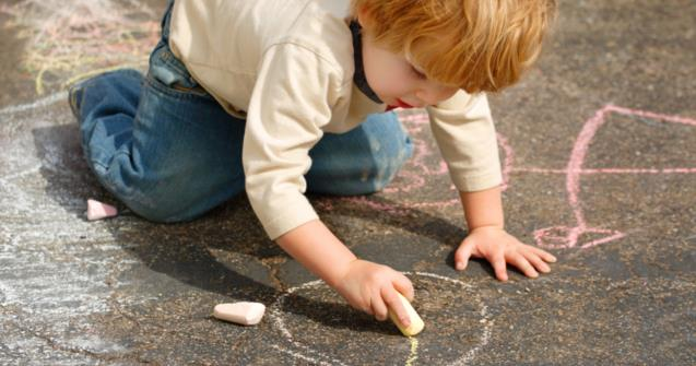 Giant Sidewalk Chalks - Creative recipes - Educatall