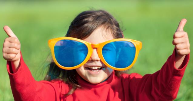 Giant sunglasses - Arts and crafts - Educatall