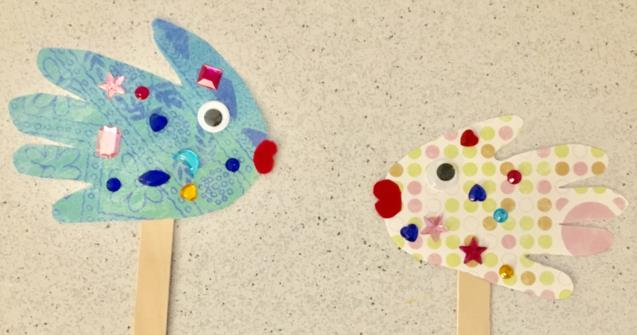 Handprint fish puppets - Arts and crafts - Educatall