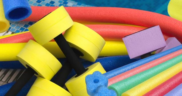 Make giant beads out of swimming pool noodles - Extra activities - Educatall