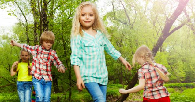 Teaching toddlers to walk safely as a group